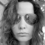Nanou from Bagneux | Woman | 32 years old | Aquarius