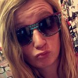 Stella from Leawood | Woman | 22 years old | Pisces