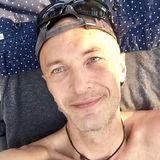 Ollleg from Irvine | Man | 44 years old | Aquarius