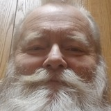 Pierre from Seymour | Man | 64 years old | Leo