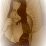 Tlcpink from Newton Longville | Woman | 37 years old | Aries
