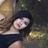 Ana from Bern | Woman | 22 years old | Gemini