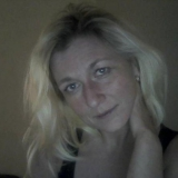 Annette from Abingdon | Woman | 40 years old | Capricorn