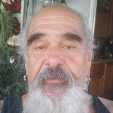 Hornymature from Lawndale | Man | 65 years old | Cancer