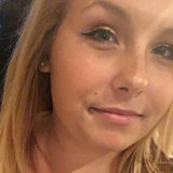 Stephanie from Evansville | Woman | 22 years old | Cancer