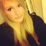 Anongirlxoxo from Langley | Woman | 26 years old | Virgo
