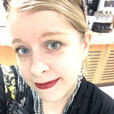 Lizzi from Meadville | Woman | 30 years old | Taurus