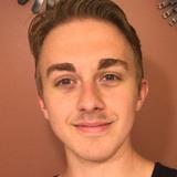 Baileyjamieson from Hyde Park | Man | 21 years old | Aries