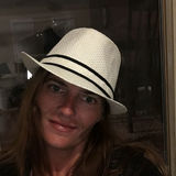 Beachlover from Crown Point   Woman   46 years old   Aries