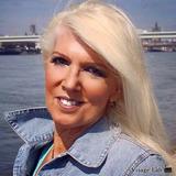 Beate from Köln | Woman | 59 years old | Gemini