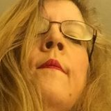 Redlipstick from Pequea | Woman | 47 years old | Capricorn