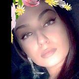 Artesa from Corona | Woman | 25 years old | Cancer