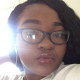 Tay from Monroe | Woman | 22 years old | Capricorn