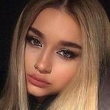 Elizabeth from Kansas City | Woman | 28 years old | Aquarius
