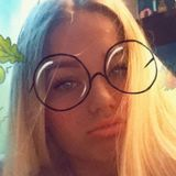 Abby from Dudley | Woman | 20 years old | Gemini