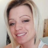 Sarah from Quebec | Woman | 30 years old | Gemini
