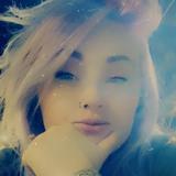 Breezy from Casper | Woman | 20 years old | Aquarius