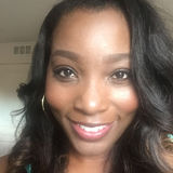 Dee from Naperville | Woman | 42 years old | Capricorn