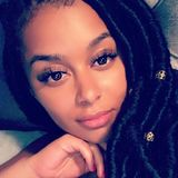 Lisa from International City | Woman | 23 years old | Gemini