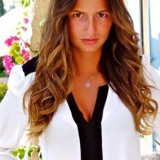 Julie from Neuilly-sur-Seine | Woman | 35 years old | Aquarius