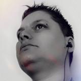 Almady from La Chapelle-Saint-Luc | Woman | 40 years old | Sagittarius