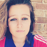 Ashton from Grass Lake | Woman | 24 years old | Taurus