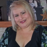 Amy from New Lenox | Woman | 55 years old | Capricorn