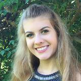 Ellie from Edina | Woman | 22 years old | Gemini