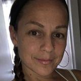 Cori from Dartmouth | Woman | 48 years old | Capricorn